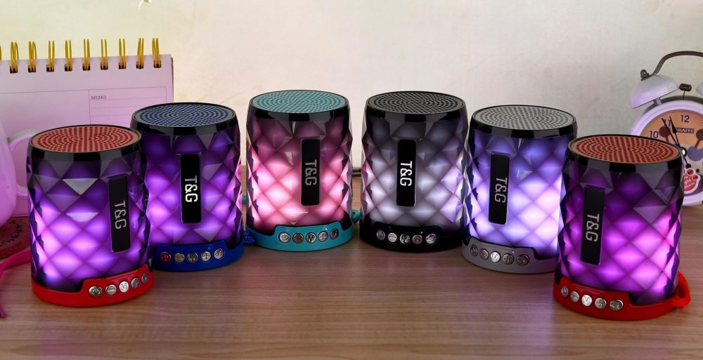 STG155 Bluetooth Wireless Speaker with FM Radio and TF Card Mini Portable Speaker with LED Light 5