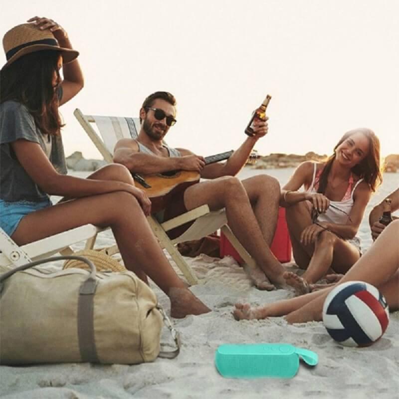 Q106 Super Bass Wireless Bluetooth Speaker Music Portable Speakers USB TF Card Sound Box 16